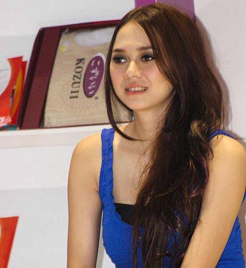 Foto Aura Kasih - Hot Photo | Celebs Hot Photo - Biography ...