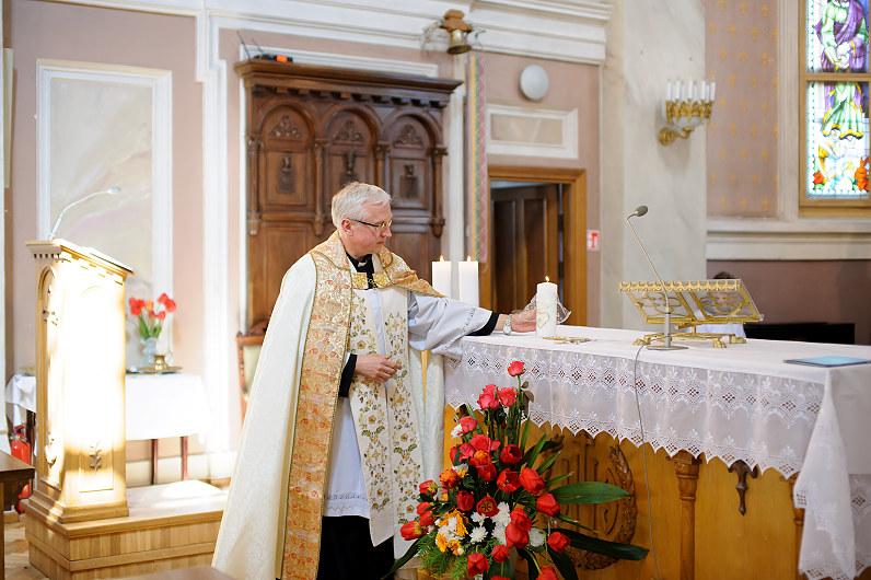 vestuvės Šv. apaštalų Petro ir Povilo bažnyčioje Panevėžyje