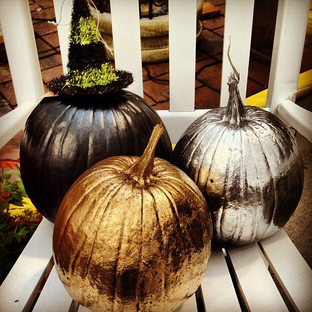 Хэллоуин, 31 октября, Halloween, All Hallows' Eve, All Saints' Eve, тыквы на Хэллоуин, декор тыквы на Хэллоуин, украшение тыквы на Хэллоуин, декорирование тыквы, мастер-классы на Хэллоуин, как украсить тыкву на Хэллоуин, варианты декора тыквы, шикарные праздничные тыквы, День Благодарения, праздник урожая, тыквы на День благодарения, тыквы на Праздник урожая, тыквы для интерьера, декор интерьера на Хэллоуин, оформление интерьера тыквами, тыквы в интерьере, http://prazdnichnymir.ru/ Тыквы: шикарные идеи для дизайна + мастер-классы на Хэллоуин и праздник урожаяБелая тыква с пастельными треугольничками, Декор тыквы из шнура или веревки, Золотая тыква с виньеткой (МК), «Золото на бежевом» декор тыквы, Как правильно подготовить тыкву для поделок, Серебрёные тыквы своими руками, Тыква с блестками, Тыквенное трио — декор тыкв для композиции, Тыквы-смайлики на Хэллоуин (МК), Цветочно-фетровая тыква(МК), Черная тыква с золотистыми штрихами, Шикарные тыквы в стиле Shabby chic, красивое оформление тыкв на хэллоуин, красивое оформление тыкв для интерьера, как оформить тыкву на хэллоуин, чес можно оформить тыкву на Хэллоуин, идеи оформления тыкв на Хэллоуин, декор тыквы, тыквы в интерьере, украшение тыкв, как украсить тыкву га хэллоуин, hХэллоуин, 31 октября, Halloween, All Hallows' Eve, All Saints' Eve, тыквы на Хэллоуин, декор тыквы на Хэллоуин, украшение тыквы на Хэллоуин, декорирование тыквы, мастер-классы на Хэллоуин, как украсить тыкву на Хэллоуин, варианты декора тыквы, шикарные праздничные тыквы, День Благодарения, праздник урожая, тыквы на День благодарения, тыквы на Праздник урожая, тыквы для интерьера, декор интерьера на Хэллоуин, оформление интерьера тыквами, тыквы в интерьере, ttp://prazdnichnymir.ru/ Тыквы: шикарные идеи для дизайна + мастер-классы на Хэллоуин и праздник урожая