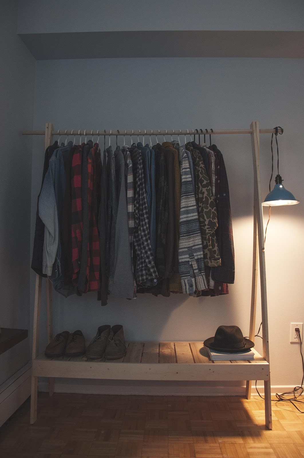 ten zero nine diy wooden clothes rack. Black Bedroom Furniture Sets. Home Design Ideas
