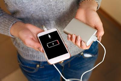 Begini Cara Hemat Baterai Smartphone Saat Perjalanan Mudik Lebaran