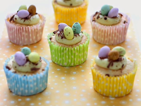 Cupcakes di Pasqua al cioccolato bianco