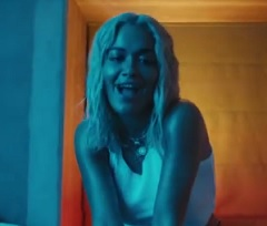 Rita Ora lança clipe de Let You Love Me