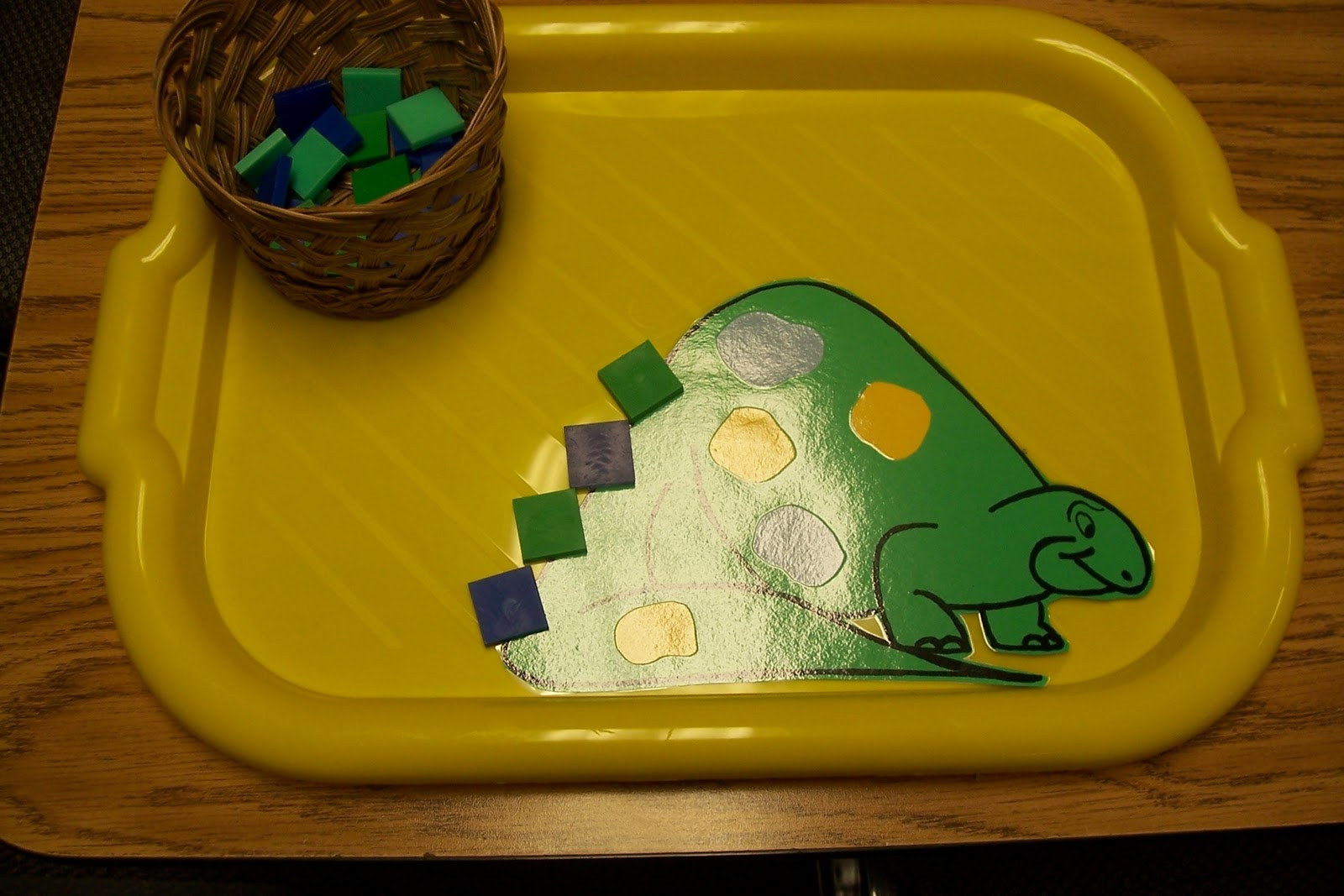 Learning And Teaching With Preschoolers Dino Math Patterns