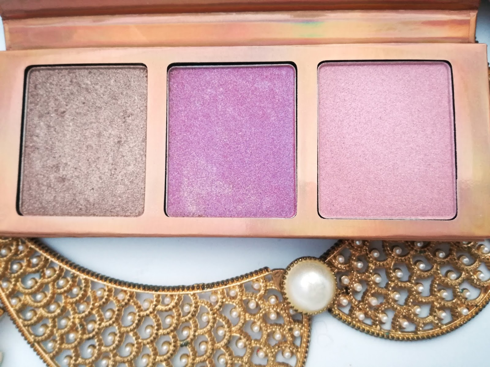 essence-highligther-palette-02-the-warms