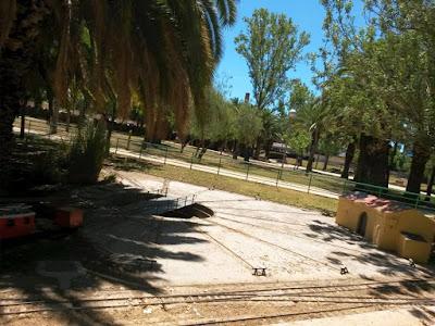 Placa giratoria y foso en el parque de Can Mercader