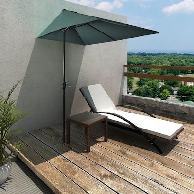 Halbe Sonnenschirme für den neuesten Balkon