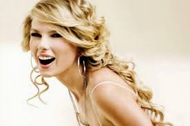 Taylor Swift quits boys, Nashville, country music