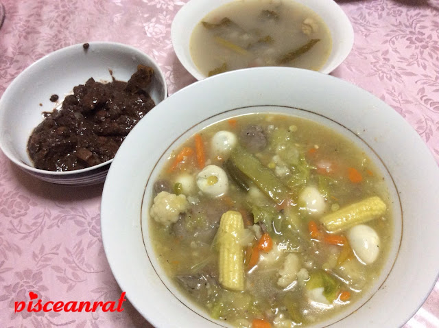 Chop suey (mixed vegetables like carrots, cauliflower, quail egg, etc), Left: Dinuguan (stew of pork blood and offal), Right: Sabaw ng sinigang (sour soup of veggies and pork/ shrimp). Now here is a tip, we love our ulam (viand) served warm, rich, savory and comforting.