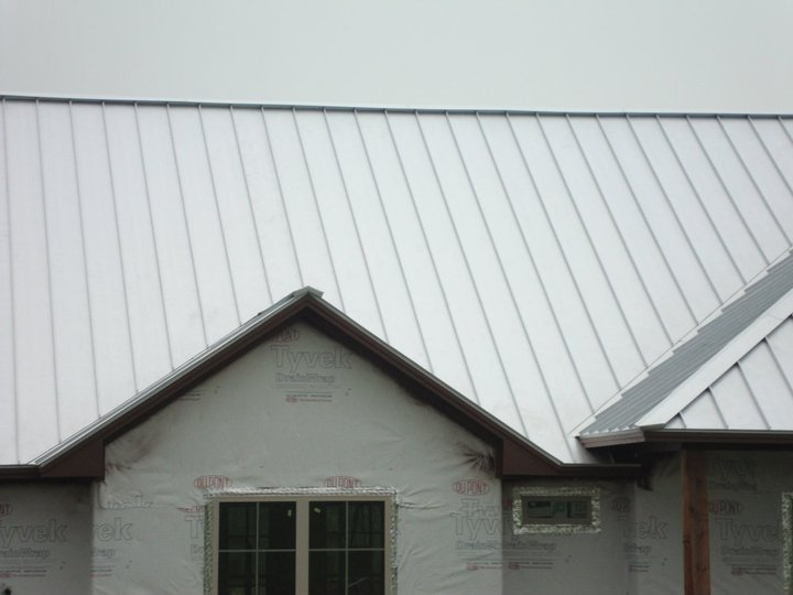 The Pros And Cons Of Metal Roofs