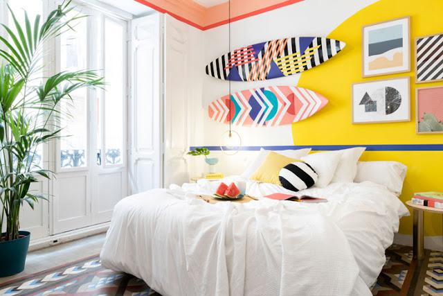 Inspirație în culori tari și motive geometrice