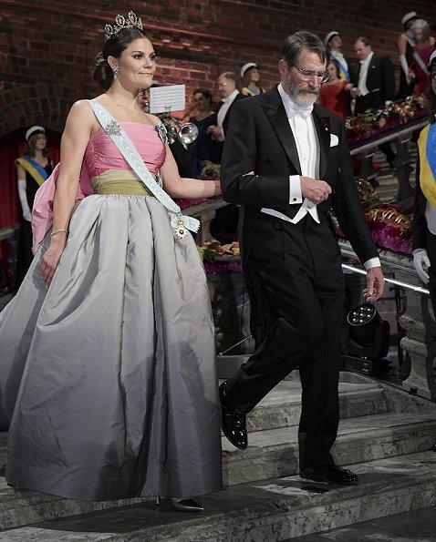 Queen Silvia, Crown Princess Victoria, Prince Daniel, Prince Carl Philip, Princess Sofia and Princess Christina