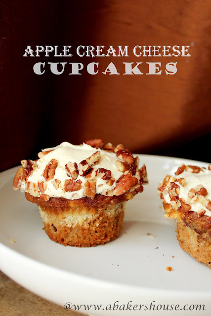 apple cream cheese cupcakes