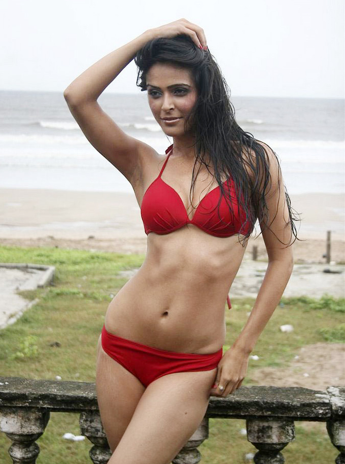 Indian Model Madhurima Tuli Hot Bikini Pics  Showbizz 24-8487