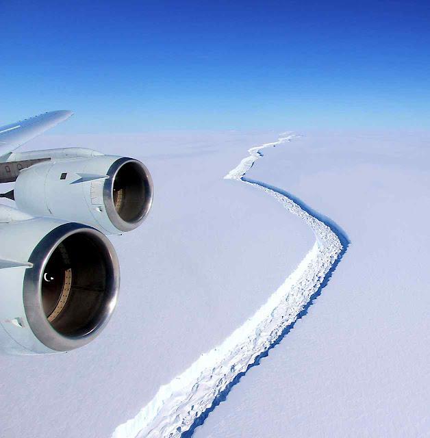 A rachadura na geleira Larsen C foi monitorada o tempo todo. Fenômeno grande mas comum não trazia perigo algum para homens ou mares.