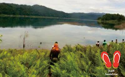 tempat Wisata danau kamaka papua barat
