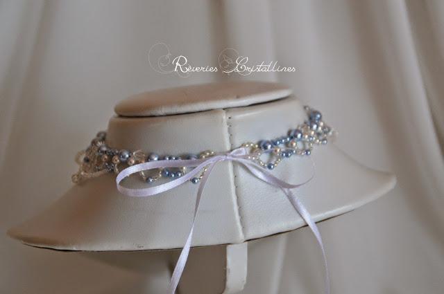 bijou en perles et ruban satin