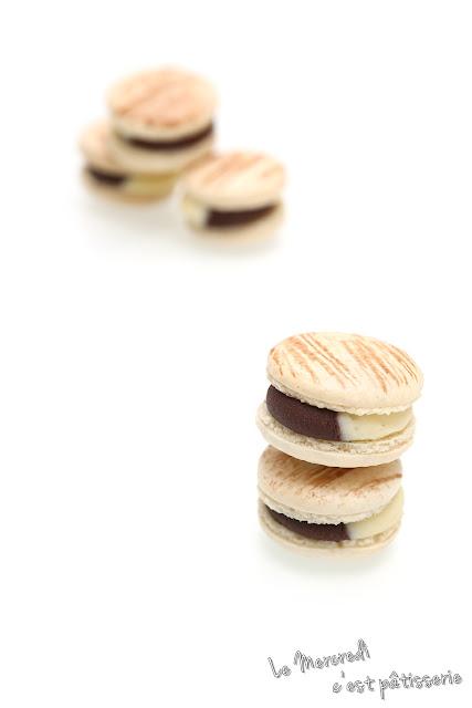 Macarons aux chocolats blanc et noir