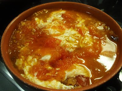 sopa castellana de ajo con huevo