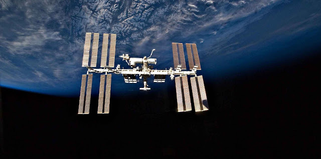 Alien Living Bacteria Found On The Surface Of the International Space Station