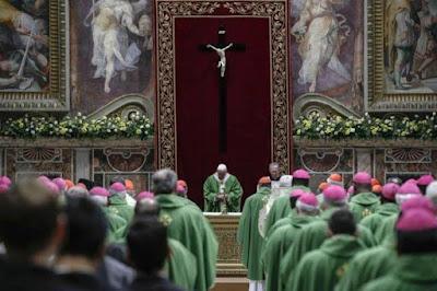 Vaticano sentencia a sacerdote que abusó sexualmente de un niño