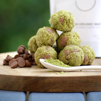 Healthy Mint Chocolate Matcha Protein Bites
