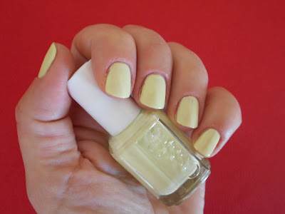 Essie Nail Polish in Chillato