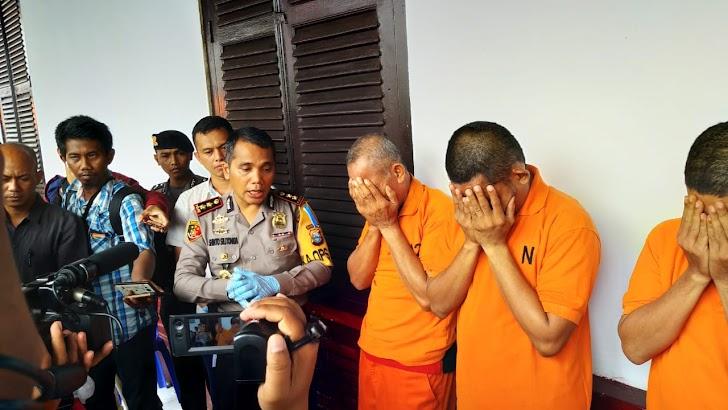 Pelaku Penggelapan Dana Desa, Mantam Kades Tinggimae dan Dua Orang Temannya Ditahan di Polres Gowa