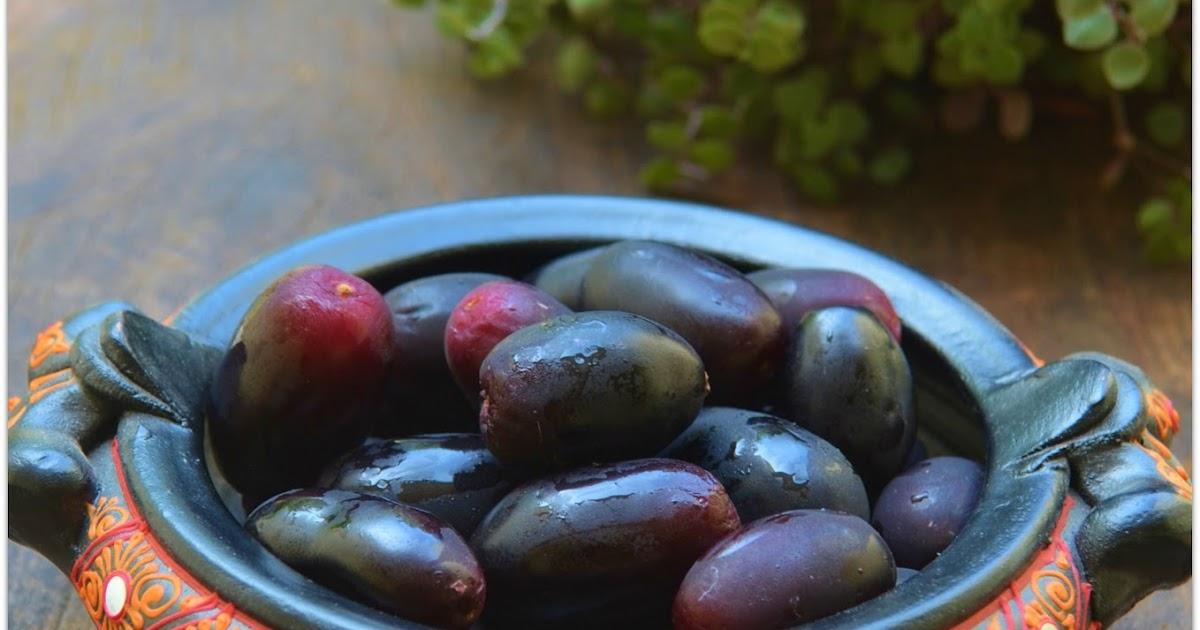 10 Top Medicinal Uses & Nutrition Of Jamun Fruit   Naval ...