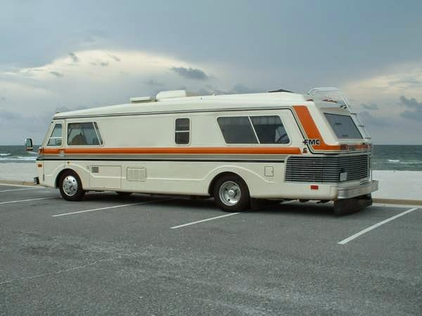 used rvs 1976 fmc motor home for sale for sale by owner. Black Bedroom Furniture Sets. Home Design Ideas