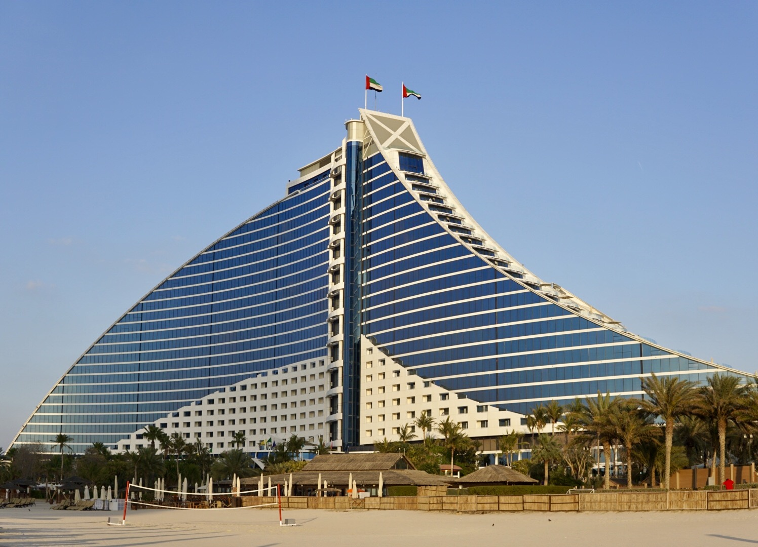 Meant To Be Shaped Like A Wave It Is Located Right Next On The Coast Of Arabian Gulf With 618 Rooms View Sea Burj Al