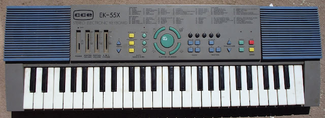 Teclado CCE EK-55X