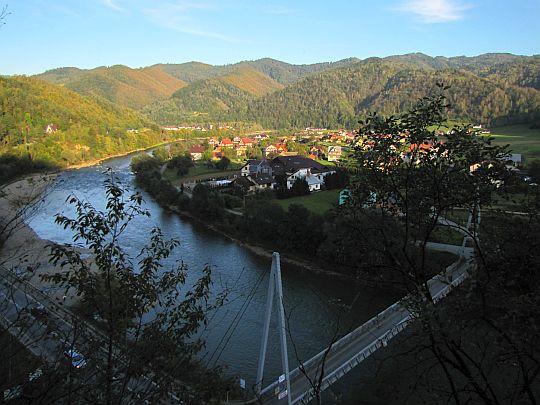 Zakole Dunajca u ujścia Ochotnicy.