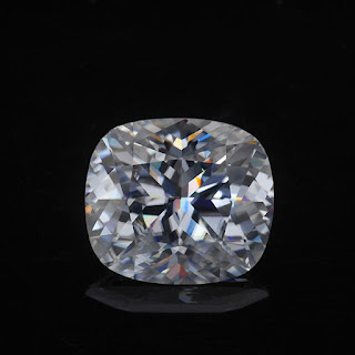 Crushed-Ice-cut Moissanite-Cushion-shape-EF-White-Color-Gemstones
