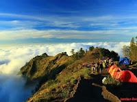 Gunung Rinjani, Pesona alam yang eksotis dan mengagumkan