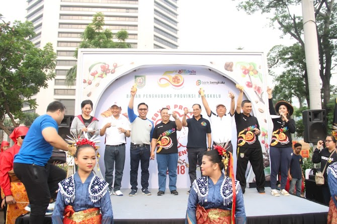 4 Ribu Cup Kopi dan 4 Ribu Botol Jeruk Kalamansi di Car Free Day Jakarta