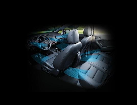 Hệ thống điều hòa tự động, cùng cửa gió hàng ghế sau trên xe Kia Cerato 2017