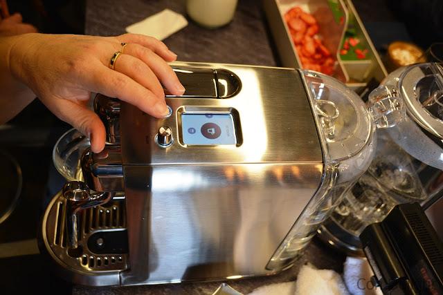 Nespresso creatist plus נספרסו קריאטיסטה פלוס