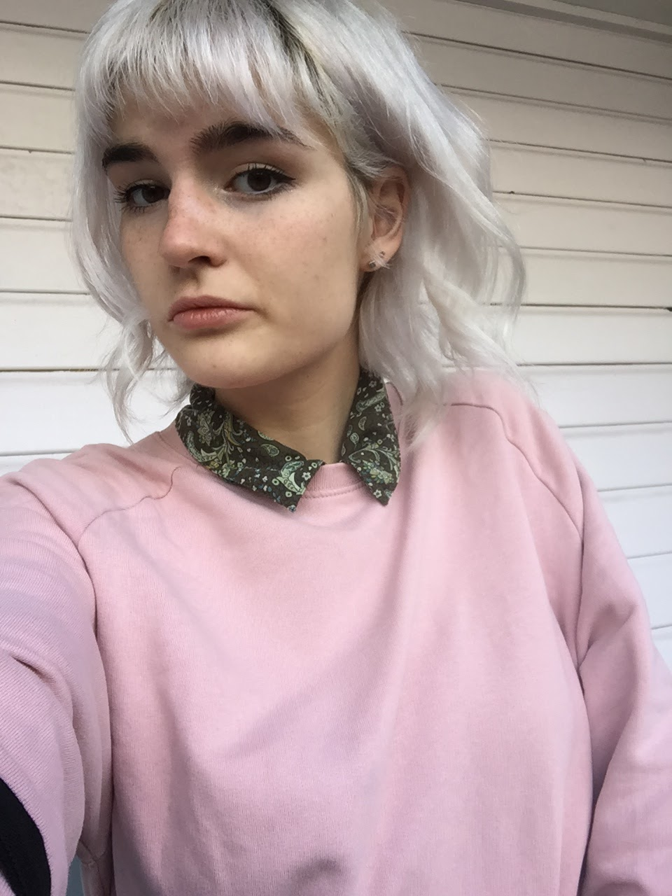 my silver hair before using rosé shampoo