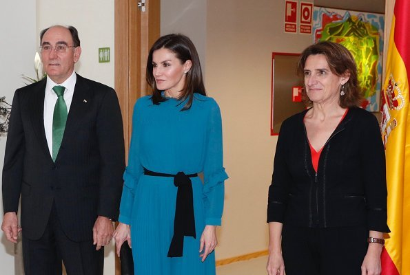 Queen Letizia wore ZARA pleated jumpsuit dress with belt from spring summer 2019 collection