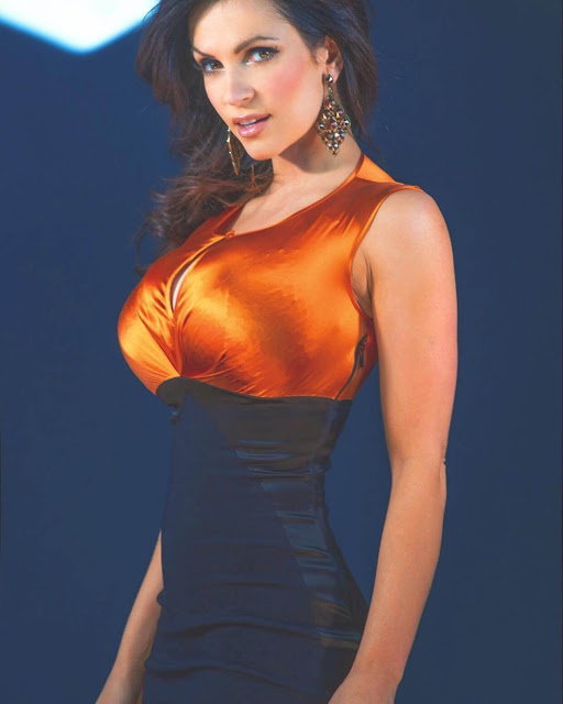Denise-Milani-in-beautiful-TBT-Marciano-dress