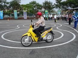 thi bằng lái xe máy hạng a1