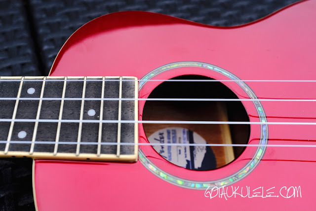 Fender Zuma Ukulele sound hole