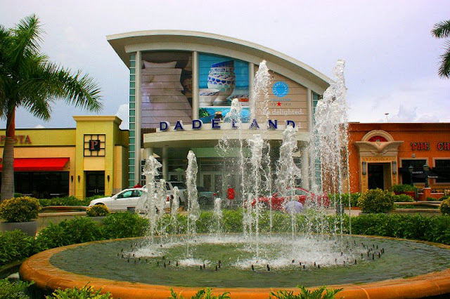 Como é o shopping Dadeland Mall em Miami