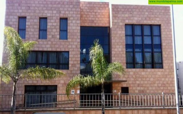 El Ayuntamiento de Los Llanos de Aridane realiza seguimiento telefónico a los mayores del municipio