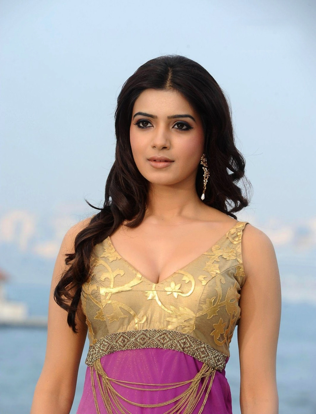 Are not actress samantha ruth prabhu