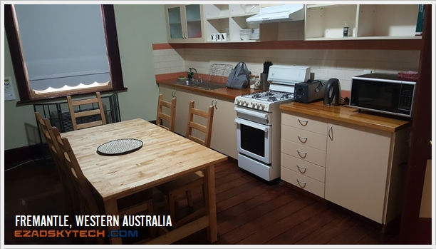Ruang Dapur Cottage Fremantle Prison YHA