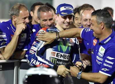 Lorenzo: Rossi Langsung Setuji Kontrak Yamaha Karena Tak Punya Pilihan Lain
