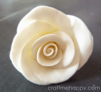 http://www.craftmehappy.com/2013/08/cold-porcelain-rose-beads.html
