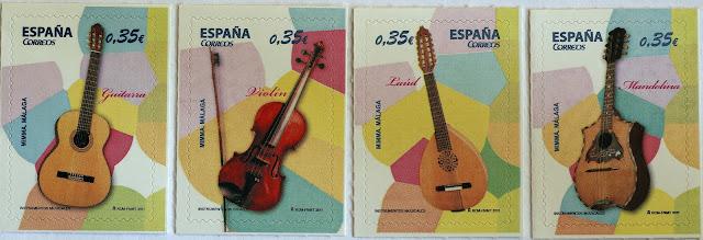 MANDOLINA, VIOLÍN, GUITARRA Y LAÚD